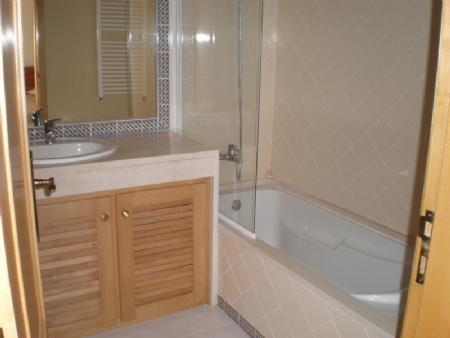 Image 5, 3 Bedroomed Apartment : AA210