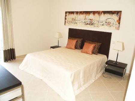 Image 5, 4 Bedroomed Villa : DV354