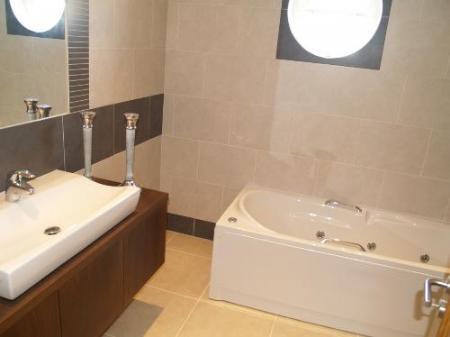 Image 7, 4 Bedroomed Villa : DV354