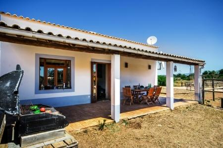Image 15, 3 Bedroomed House : GV330