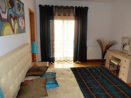 Image 4, 2 Bedroomed Apartment : CAF1484