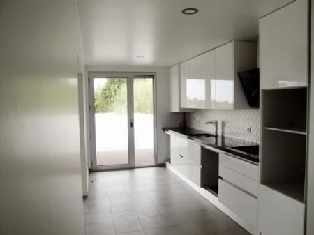 Image 1, 3 Bedroomed Villa : AV1257