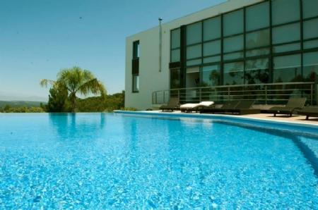 Image 1, 3 Bedroomed Villa : AV1265
