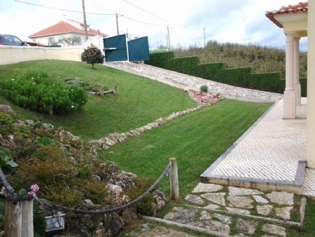 Image 2, 6 Bedroomed Villa : AV1273