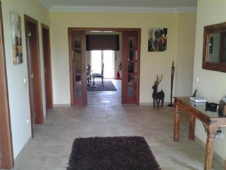 Image 5, 6 Bedroomed Villa : AV1273