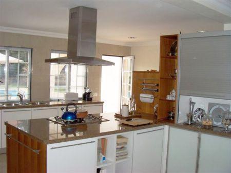 Image 3, 5 Bedroomed Villa : BV1468