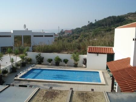 Image 2, 4 Bedroomed Villa : AV382