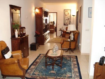 Image 4, 4 Bedroomed Villa : AV382