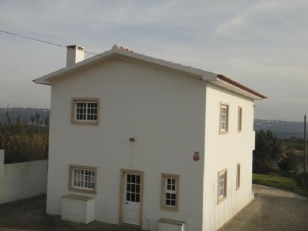 Image 1, 3 Bedroomed Villa : AV1034