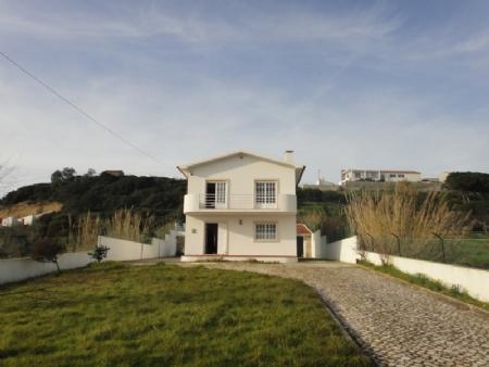 Image 2, 3 Bedroomed Villa : AV1034