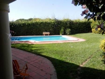 Image 1, 5 Bedroomed Villa : AV1295