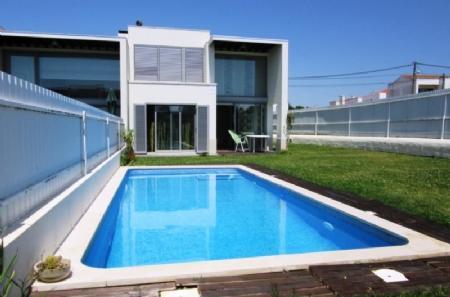 Image 1, 2 Bedroomed Villa : AV1362
