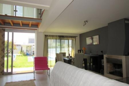 Image 3, 2 Bedroomed Villa : AV1362