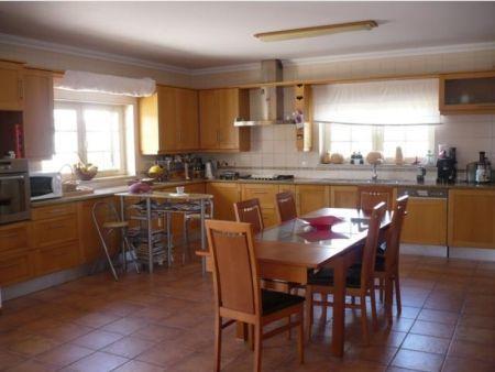 Image 3, 4 Bedroomed Villa : AV1103