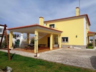 3 bed Villa for sale in Leiria, Caldas da Rainha