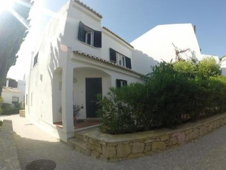 Image 1, 3 Bedroomed Townhouse : DV2334