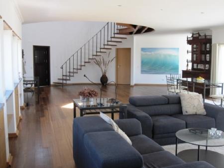 Image 4, 4 Bedroomed Villa : AV1317