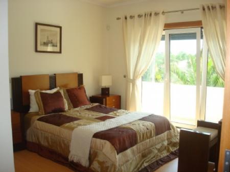 Image 5, 4 Bedroomed Villa : AV1318