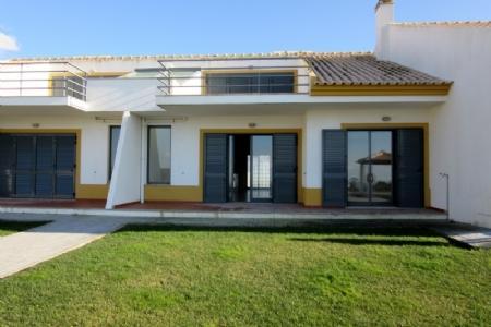 Image 2, 2 Bedroomed Villa : AV984