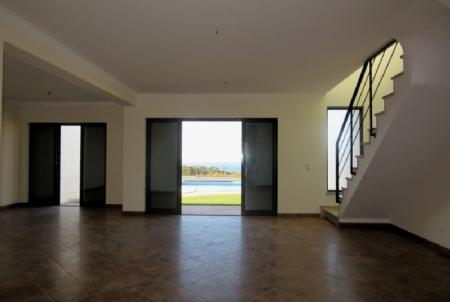 Image 4, 2 Bedroomed Villa : AV984