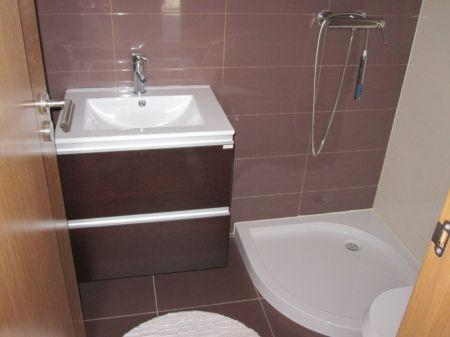 Image 8, 3 Bedroomed Apartment : AA170