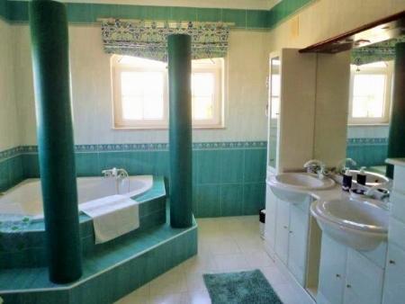 Image 9, 4 Bedroomed Villa : GV339