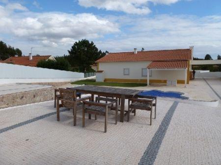 Image 2, 3 Bedroomed Villa : AV1073