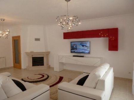 Image 3, 3 Bedroomed Villa : AV1073