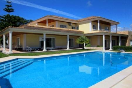 Image 1, 5 Bedroomed Villa : AV1347