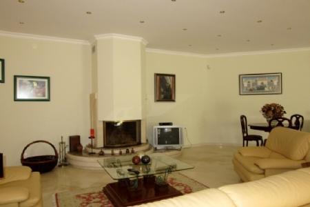 Image 8, 5 Bedroomed Villa : AV1347