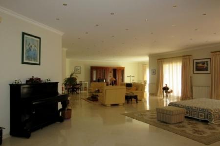 Image 9, 5 Bedroomed Villa : AV1347