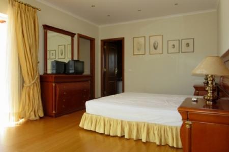 Image 11, 5 Bedroomed Villa : AV1347