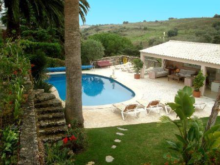 Image 2, 4 Bedroomed Villa : AV788