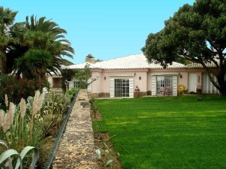 Image 9, 4 Bedroomed Villa : AV788