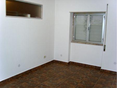 Image 4, 6 Bedroomed Villa : AV1005