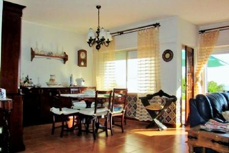 Image 5, 3 Bedroomed Villa : AV1351