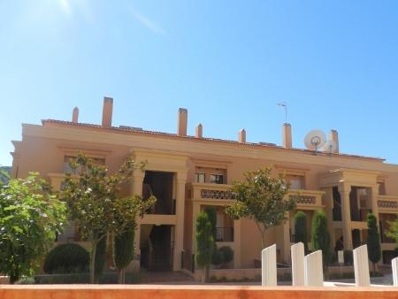 Image 1, 3 Bedroomed Townhouse : GV364