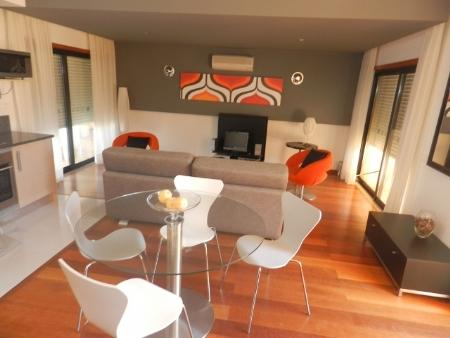 Image 3, 3 Bedroomed Townhouse : GV364