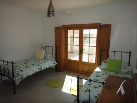 Image 11, 4 Bedroomed Villa : AV820