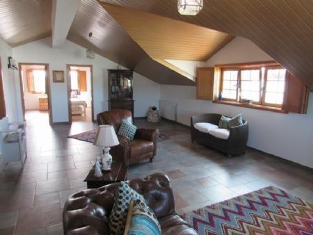 Image 21, 4 Bedroomed Villa : AV820