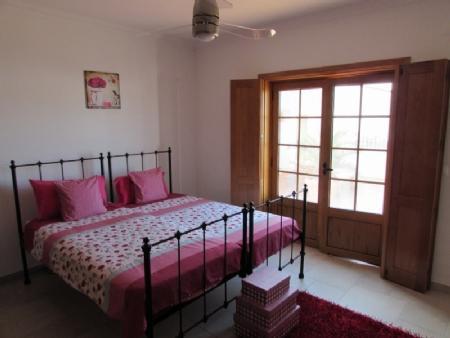 Image 23, 4 Bedroomed Villa : AV820