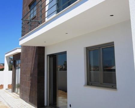 Image 9, 4 Bedroomed Villa : AV818