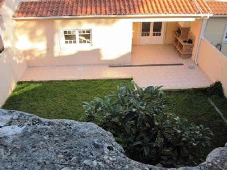 Image 2, 4 Bedroomed Villa : AV1339