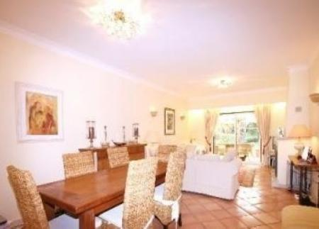 Image 5, 3 Bedroomed Townhouse : DV5994