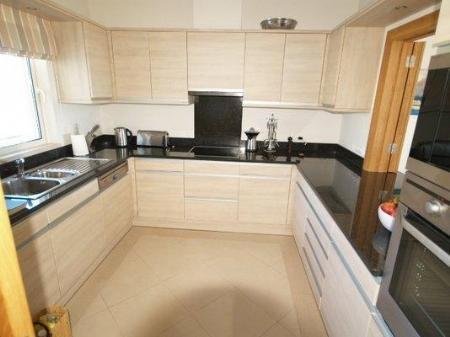Image 5, 2 Bedroomed Apartment : DA5420