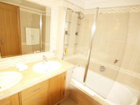 Image 7, 2 Bedroomed Apartment : DA5420