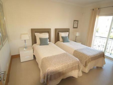 Image 8, 2 Bedroomed Apartment : DA5420