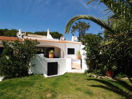 Image 1, 3 Bedroomed Villa : DV5208