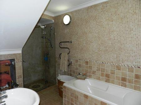 Image 4, 3 Bedroomed House : GV311