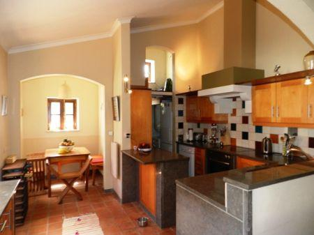 Image 7, 3 Bedroomed House : GV311